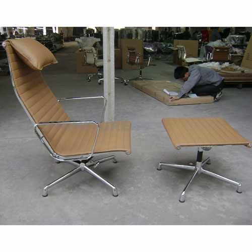Eames Aluminum Executive Lounge Chair