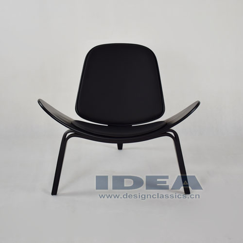 Wegner Shell Chair Black